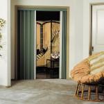 Shrnovací dveře vyřeší nedostatek prostoru za vás