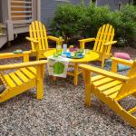 Ekologické židle z recyklovaných materiálů