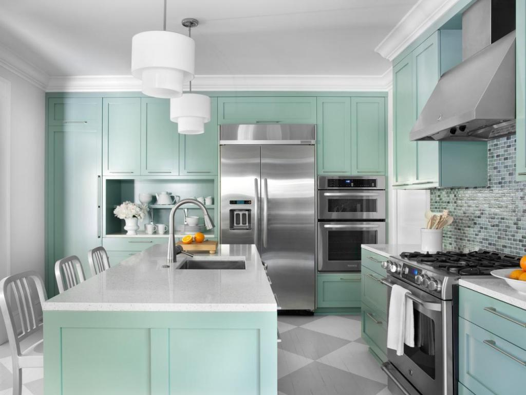 Refreshing-mint-kitchen-with-a-strong-nostalgic-component