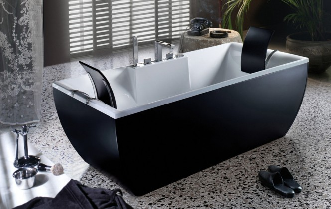black-and-white-bathtub-665x420