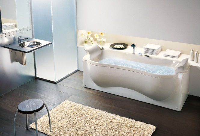 organic-shaped-bathtub-665x454